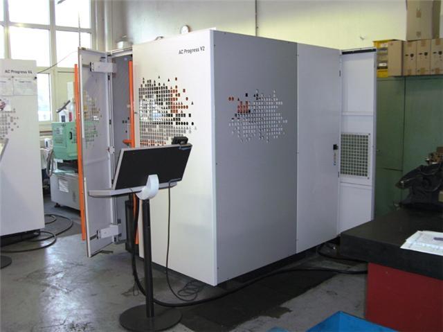 Drahterodiermaschine AGIE Progress V2 | M&V Export Logistik